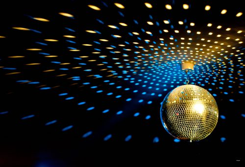 4433311-disco-ball-wallpaper